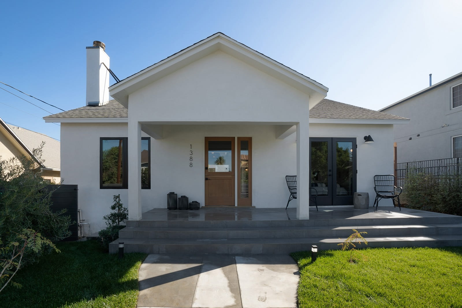 Real Estate Photography in Los Angeles - CA - USA - Front View